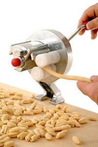 Machine-a-pates-Little-Mama-gnocchi-cavatelli-pasta-Noodle-making-machine-a-pates