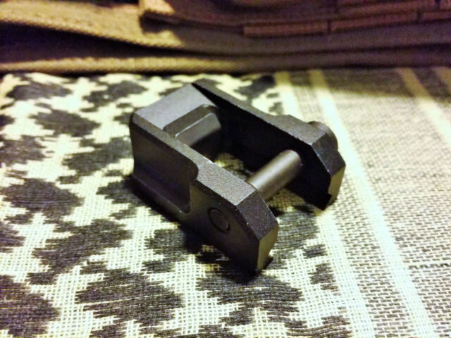USED AIMPOINT CARRY HANDLE RAIL BLACK