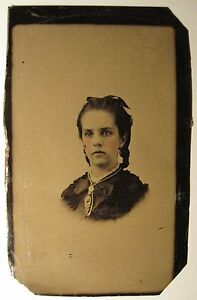 ANTIQUE-VICTORIAN-TINTYPE-OF-A-CDV-AMERICAN-BEAUTY-TINTED-ODDITY-OLD-RARE-PHOTO