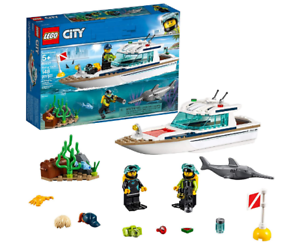 LEGO City Great Vehicles Diving Yacht 60221 Building Kit 2019 148 Pieces