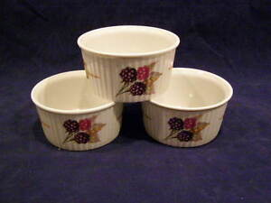 Image is loading THREE-ROYAL-WORCESTER-EVESHAM-PORCELAIN-OVEN-TO-TABLE- & THREE ROYAL WORCESTER EVESHAM PORCELAIN OVEN TO TABLE DISHES | eBay