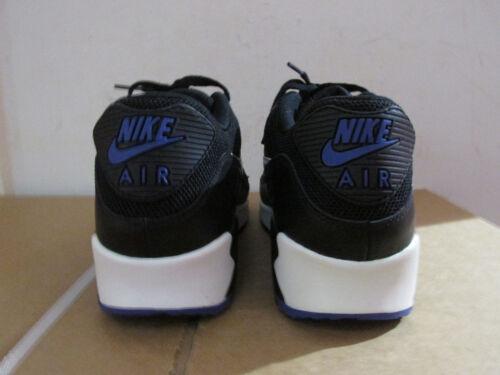 Pour 90 537384 Chaussure Baskets Max Homme Air 052 De Course Essentielles Nike znq0COaHa
