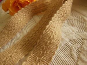 biais galon vintage marron clair effet laineux plutôt fin 5 mètres sur 2,5 cm A1