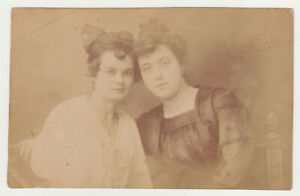 Two-Pretty-Young-Sexy-Women-Closeness-Hug-Lady-Girl-Female-1910s-Old-Photo