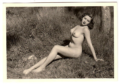 Ideal Vintagenudephotos Mit Jpg