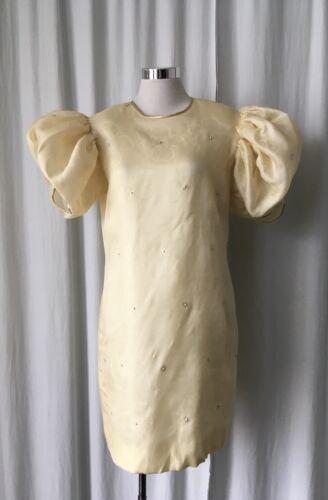 Silk Jacquard Pale Yellow Dress With Oversized Puf