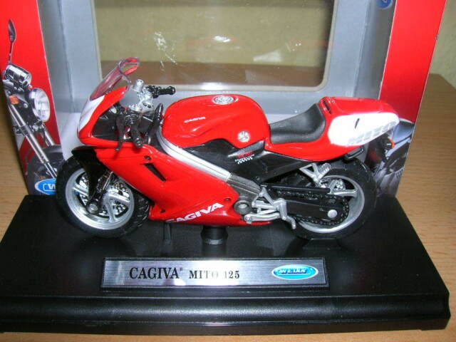 Welly Cagiva Mito 125 Red Motorcycle Motorbike, 1:18