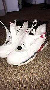 106f1cea0c4 jordans bugs bunny retros size 6 barely worn. Red black and white ...