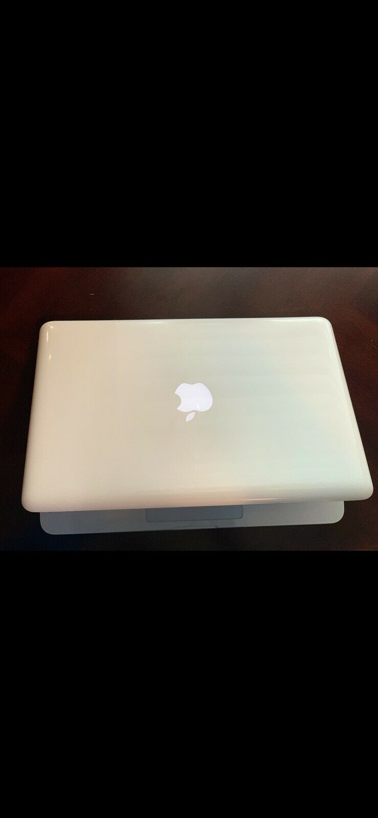 Used Apple MacBook (13-inch Late 2009)