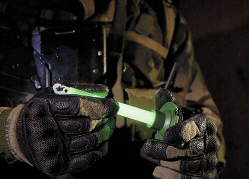 """- 12 Hour 6"""" Military ChemLight Red lightstick Cyalume® Branded 10 15cm TEN"""