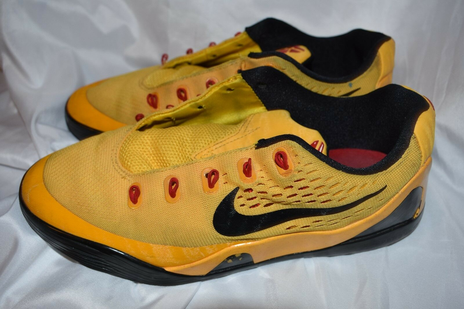 Nike Kobe IX 9 EM (gs) Low Bruce Lee Sz 6y 653593 700 for sale ... d88135d6d7d1