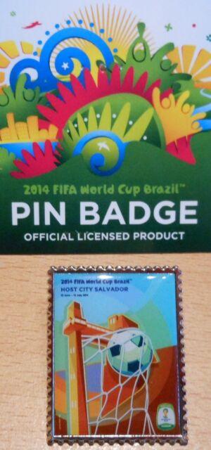 Pin + Plakat Motiv 5 + 2014 FIFA World Cup Brazil + 3,0x2,5 cm + OVP Lizenz #17