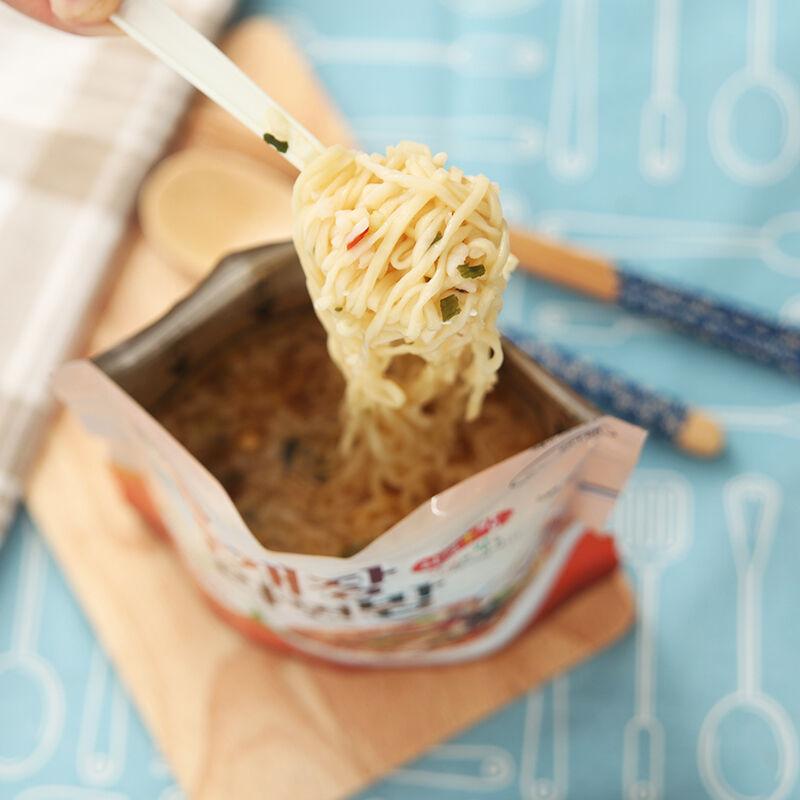 Korean Food Yukgejang & Noodle & Yukgejang Rice Ramenbap MRE Just Pour Hot Water  10EA 7e9211