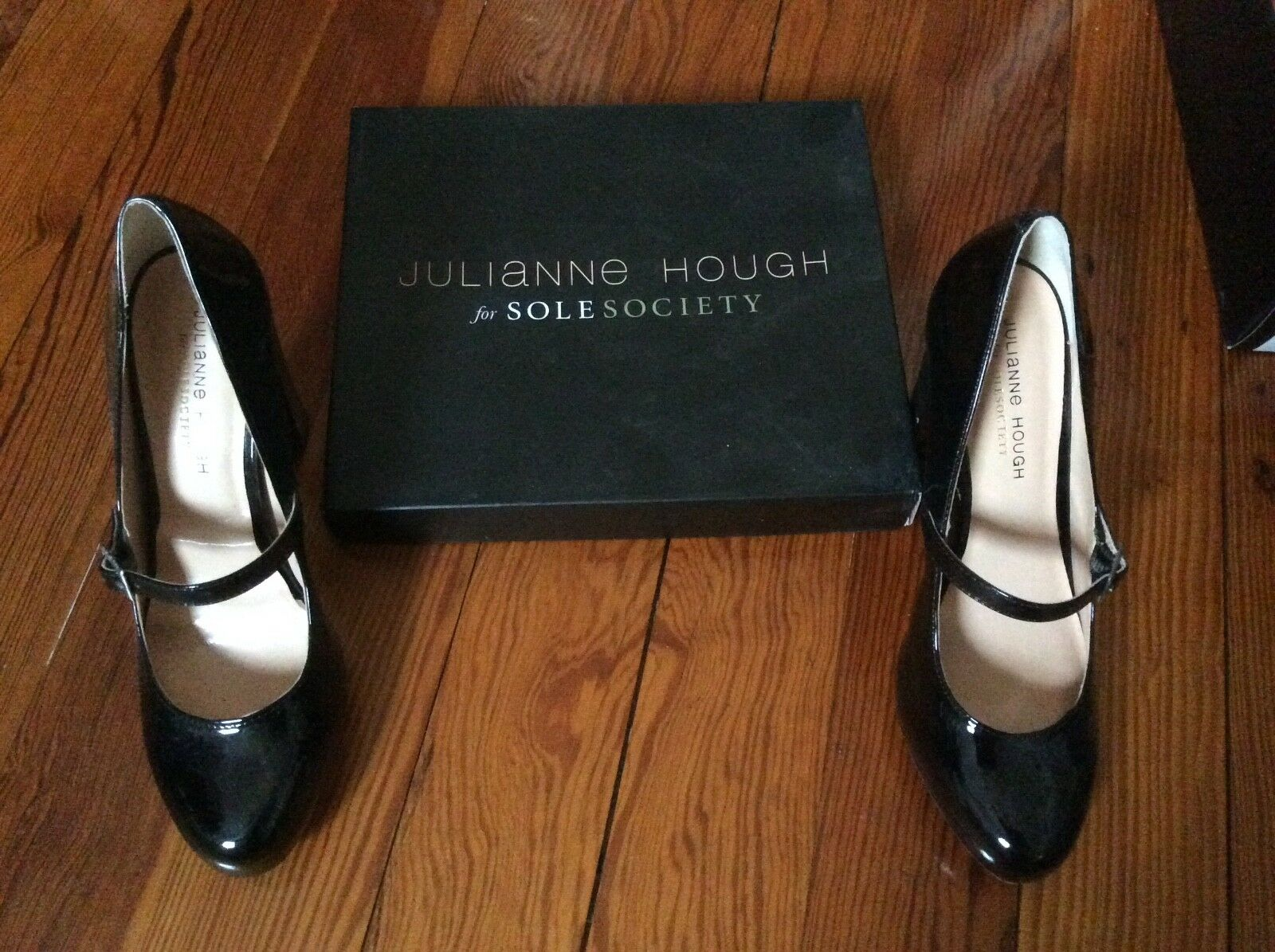 Women's Julianne Hough Sole Society black patent leather heel shoes size 8.5