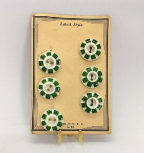 Vintage-Latest-Style-Button-Store-Card-Original-White-amp-Green-6-Plastic-Buttons