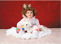Limited Edition Duck House Collectible Doll Vinyl - 20 Annette W/ Blanket