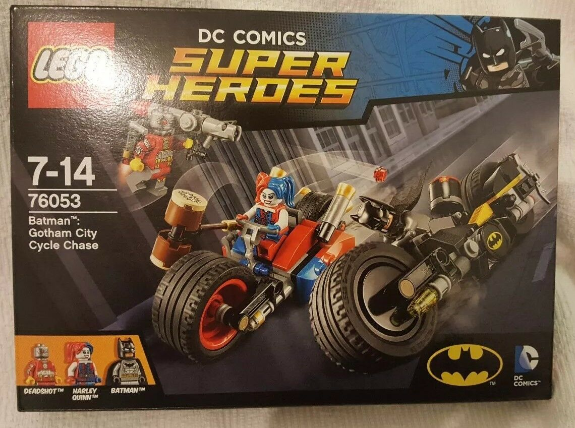 New Lego DC 76053 Gotham City Cycle Chase. Batman, Harley Quinn, Deadshot.