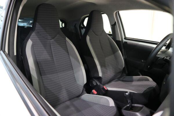Toyota Aygo 1,0 VVT-i x-pression x-shift billede 14