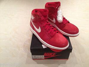 Detalles de Nike Air Jordan 1 Retro Alta OG Gimnasio Rojo Zapatillas Size UK 7 y 8.5 Nuevo ver título original