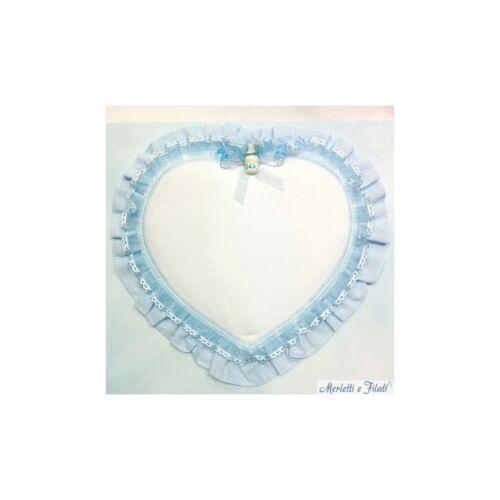 Fiocco nascita coccarda cuore con nastro organza per bambino azzurra