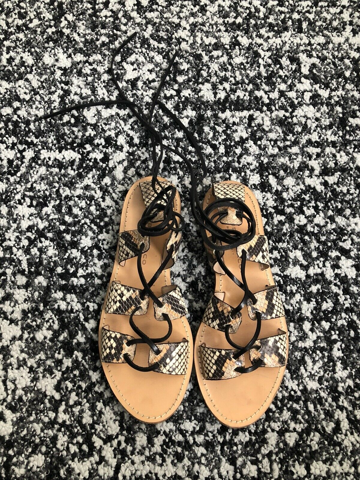 Club Monaco Thiais Tie Sandals donna donna donna SZ 6.5 scarpe Flats Snake nero AUTH  229 24732a