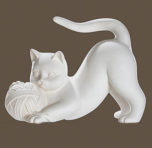 moderne Skulptur Katze mit Wollknäuel Keramik weiß Breite 29cm oder 27cm