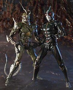 S.i.c.   Vol.   26 Figurine articulée Bandai et cavalier de Kamen masqué Bandai, importée du Japon 899998775676