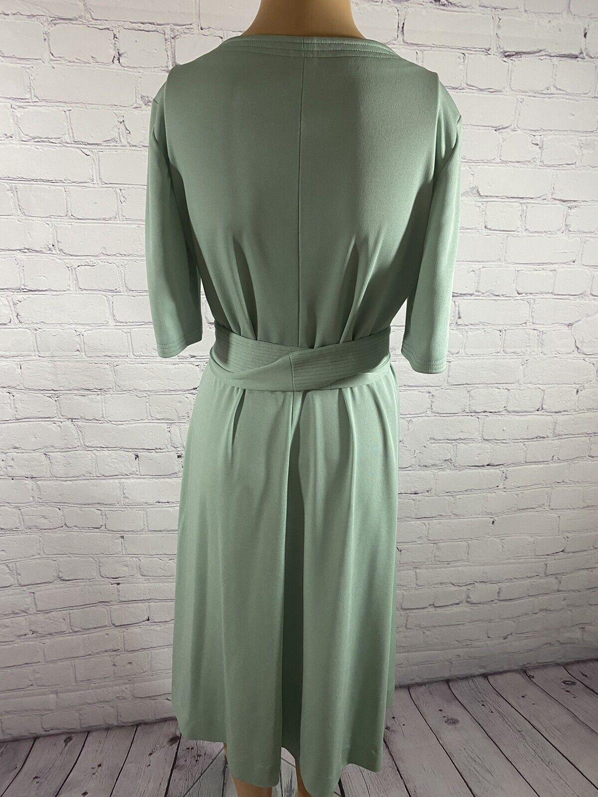 Vintage 70's Mint Green Disco/Secretary Dress - image 3