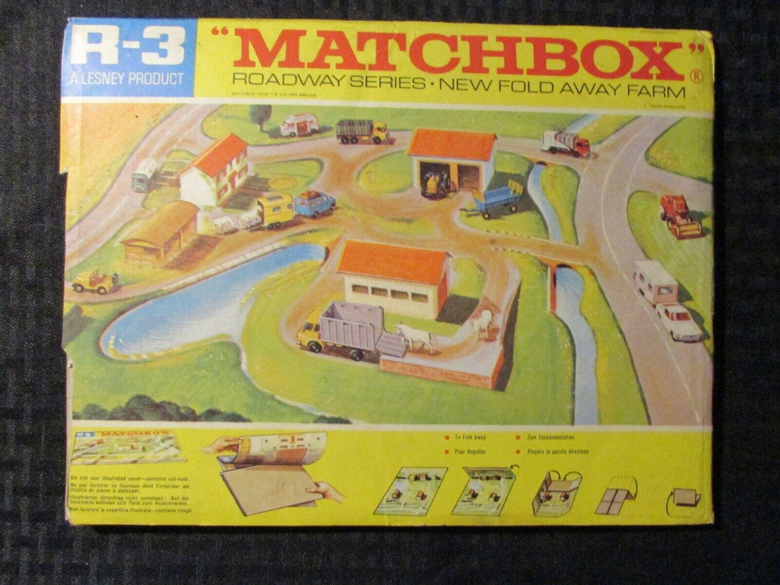 Vintage MATCHBOX Roadway Series R-3 New Fold Away Farm FN- FN+ Lesney England