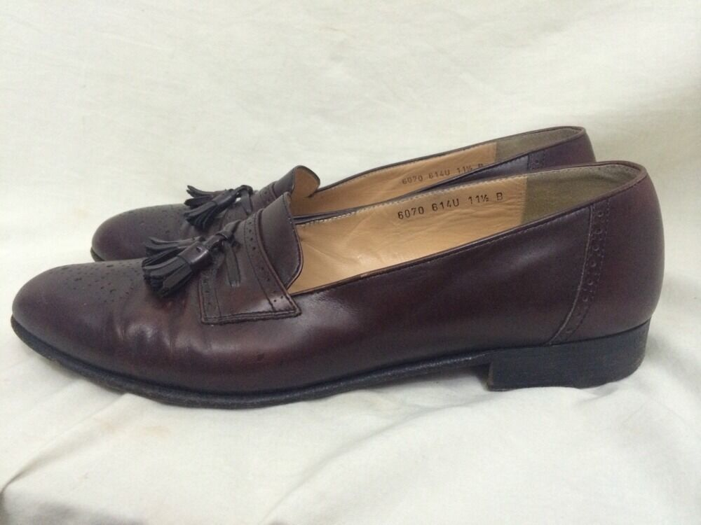 Salvatore Ferragamo Mens Loafers shoes Size 11,1 2 B Red Made In  Defect