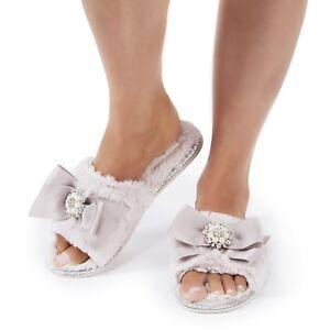 95f20a5c22d Pretty You London E8 Women Footwear Faux Fur Slippers - Martha Pink ...