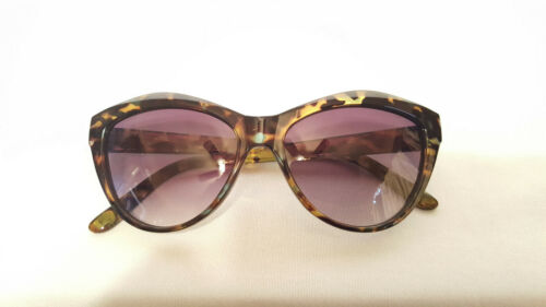 BETSEY JOHNSON SUNGLASSES  TORTOISE CAT EYES
