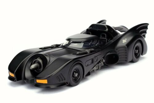 1989 BATMAN RETURNS BATMOBILE BLACK 1/24 SCALE DIECAST CAR BY JADA INACTIVE
