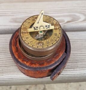 Antique-Brass-Pocket-Sundial-Navigation-Compass-Nautical-Marine-Steampunk