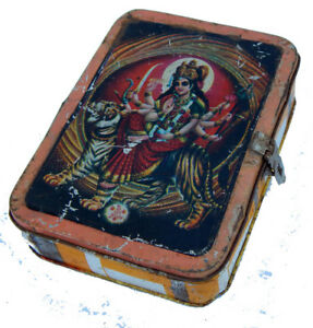 Boite-Metal-Recycle-Durga-Kitsch-Bollywood-17x13x5cm-Inde-314