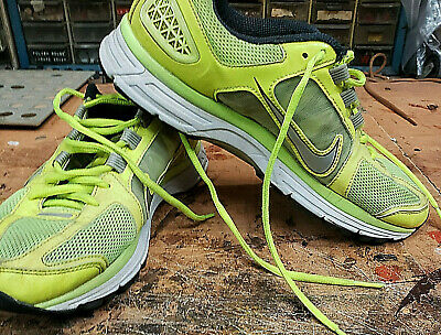 Nike vomero7 Mens Running Shoes size 8