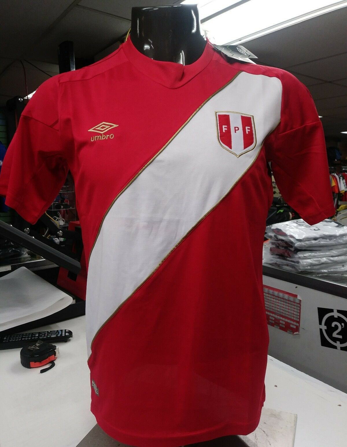 9fe249860 Peru Soccer Jersey 2018 - Please ask for size prior purchasing nqlgcf378-Men