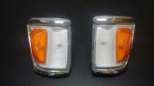NEW-Toyota-Hilux-Indicator-Signal-Corner-Lamp-Light-1988-97-LN106-4WD-Pickup-4x4
