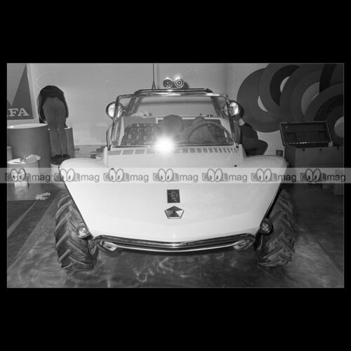 #pha.018744 Photo BUGGY BERTONE SHAKE CHRYSLER 1971 Car Auto