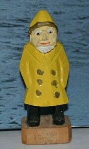 Vintage-Hand-Carved-Wooden-Fisherman-Nautical-Sailor-Folk-Old-Man-Figurine-4-034