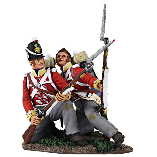 BRITAINS 36130 -  Die Hard  British 44th Foot Kneeling to Meet Cavalry & Wounded