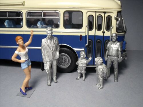 5  FIGURINES 1//43  SET  343  TRANSPORT  SCOLAIRE   VROOM  UNPAINTED  FOR  NOREV