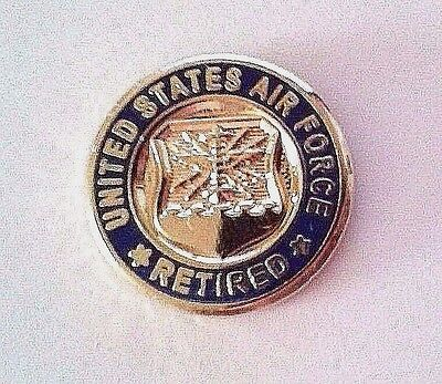 """United States Army Retired Lapel Pin    5//8/"""""""