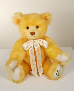 DAISY-LOVES-ME-LOVES-ME-NOT-Steiff-Teddy-Bear-MOHAIR-16-inches-40cm-NEW-MIB