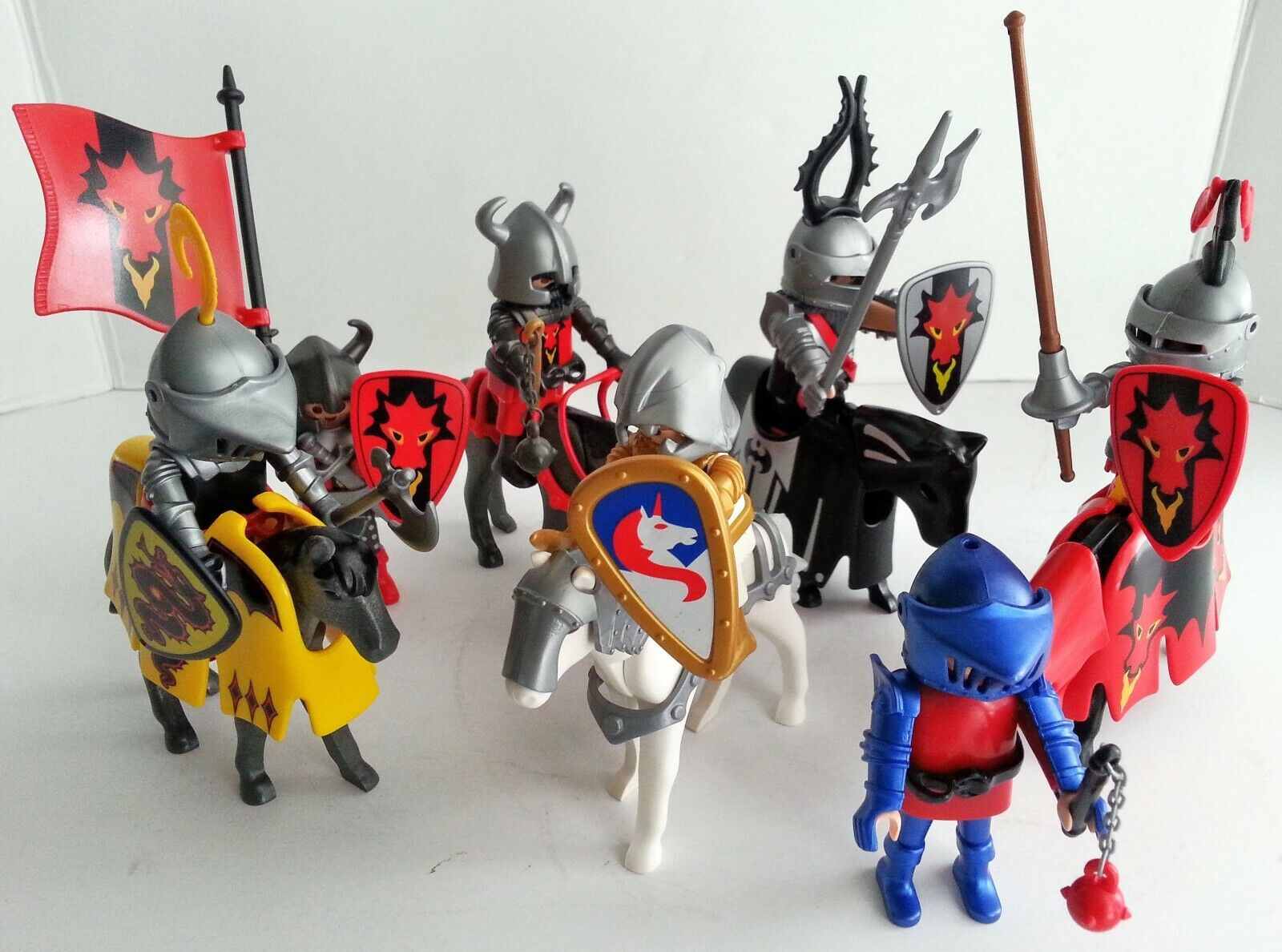 Playmobil lot of Horses Knights Accessories Armor battle Jousting Medieval 1990s