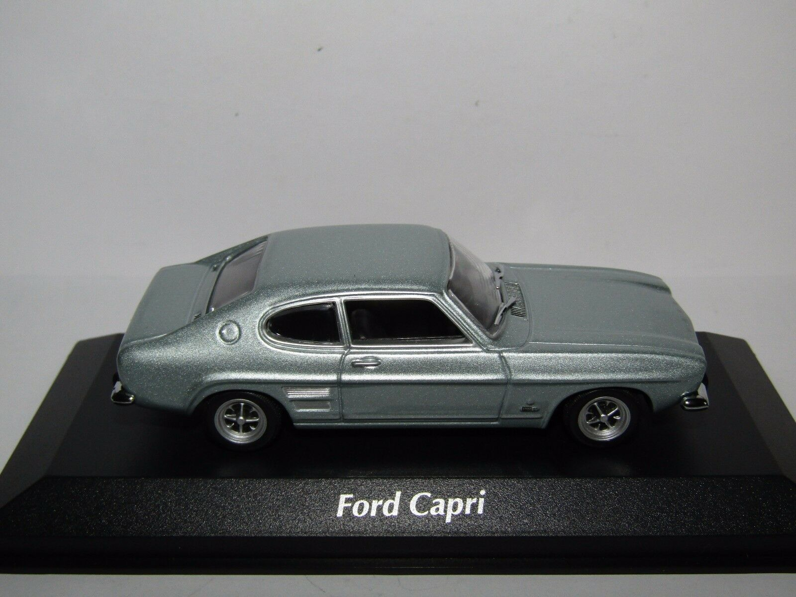 Maxichamps FORD FORD FORD CAPRI I 1969 argentooo Blu Metallizzato 913660