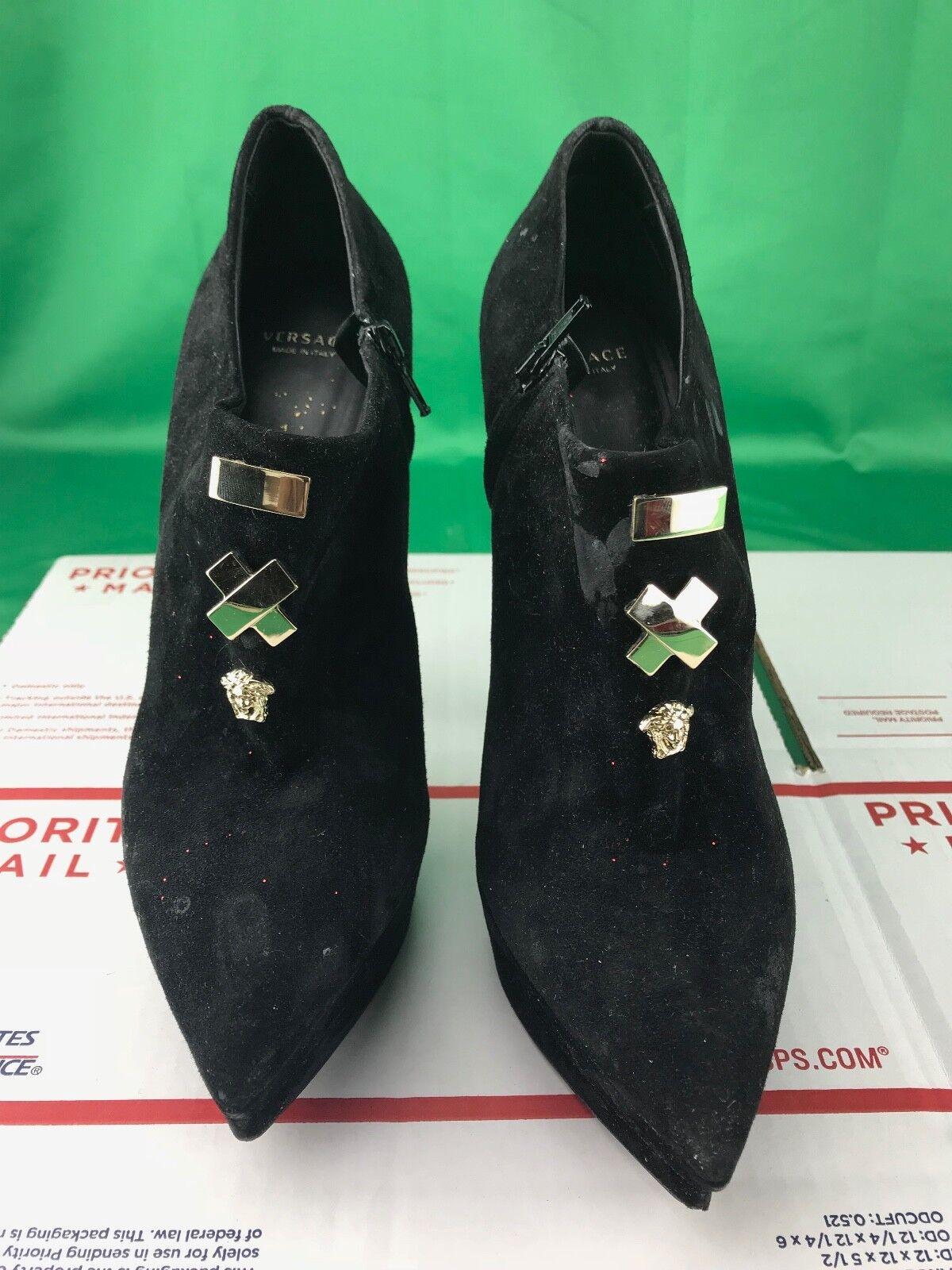 Versace Women Black Soft Suede Heel Size 38 (READ DESCRIPTION)