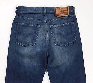 Diesel-kulter-W28-L32-tg-42-jeans-gamba-dritta-usato-vintage-boyfriend-fit-T507