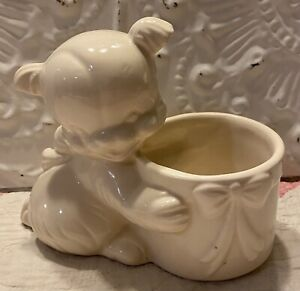 Vintage Cat/Kitten Planter  USA 63  Mc Coy? Hull?  Ivory Ceramic Pottery  6""