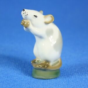 Mouse-figurine-Lomonosov-Porcelain-Russia-USSR-LFZ